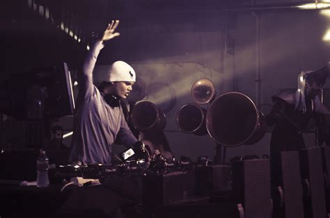 house music cd 2014 first details about avicii s new album