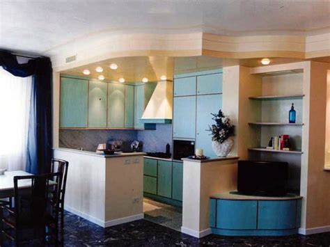 cucine con controsoffitto in cartongesso foto cucina con pareti e soffitto in cartongesso di trevi