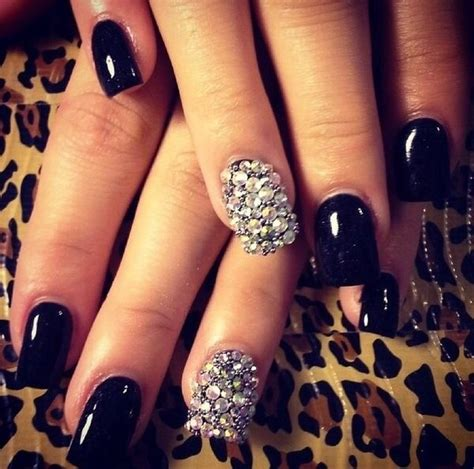 Black Nail Designs For