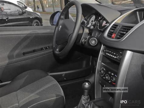Karpet Comfort Premium Mercedes G 55 2011 Set Bagasi 2012 peugeot 207 cc 1 6 16v 120 premium air car photo and specs