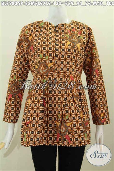 Model Pake baju blus batik lengan panjang model terkini dengan