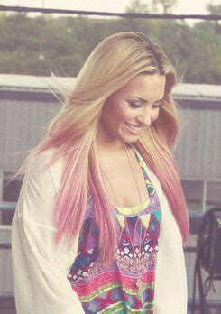 demi lovato inspired pink purple dip dye ombre hair demi lovato pink dip dye beauty fashion pinterest