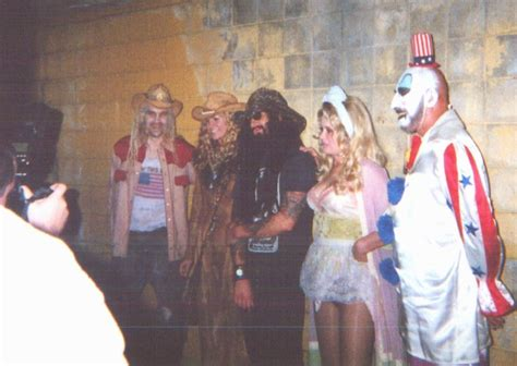cast of house of 1000 corpses house of 1000 corpses cast www pixshark com images galleries with a bite