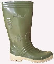 Sepatu Boot Banjir the kepo adventurer are