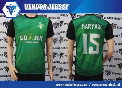 Baju Buat Futsal pembuatan jersey kaos futsal gojek vendor jersey