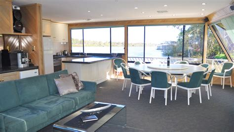 unforgettable house boats unforgettable 5 at mannum houseboat hirers association