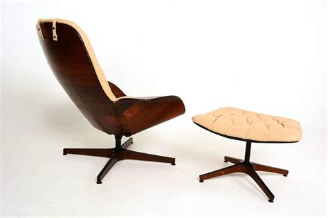 plycraft mr chair mulhauser plycraft mr chair and ottoman by george mulhauser at 1stdibs