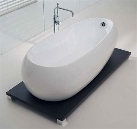 compact bathtubs compact small bathtubs designed to make the most of today
