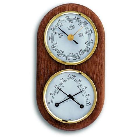 oak barometer 17cm