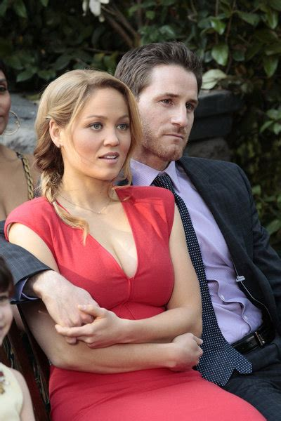 Joel And Erika Christensen Parenthood | erika christensen as julia and sam jaeger as joel on