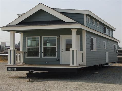 tiny house for two big tiny house on wheels tiny house trailer 2 story tiny