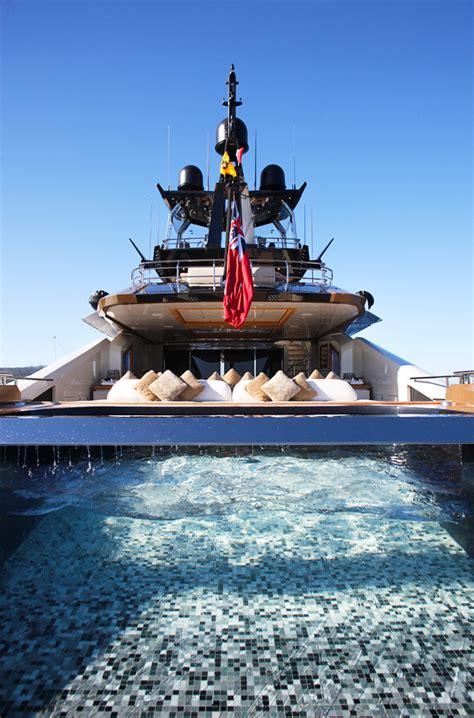 luxury yacht lady  spa pool yacht charter