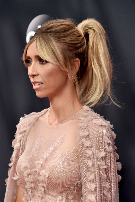 does jiuliana rancic wear wigs giuliana rancic ponytail giuliana rancic looks stylebistro