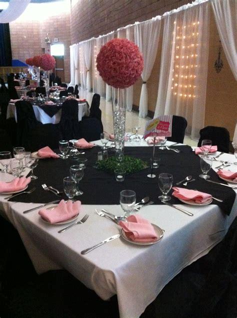 theme table paris theme black white and pink table arrangement