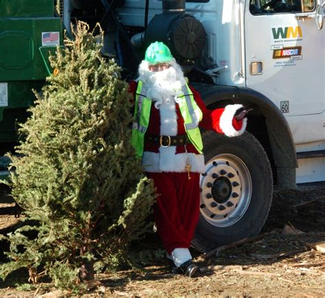 how santa clarita residents can recycle their christmas
