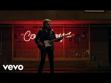 tattooed heart ronnie dunn lyrics ain t no trucks in texas ronnie dunn music and video