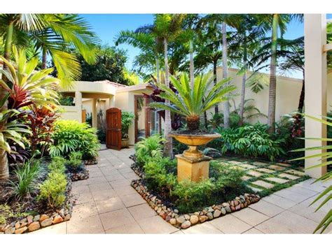30  Pebble Garden Designs, Decorating Ideas   Design Trends
