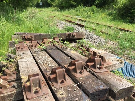 Railway Sleepers Northern Ireland by Railway Sleepers 169 Alan Hughes Cc By Sa 2 0 Geograph