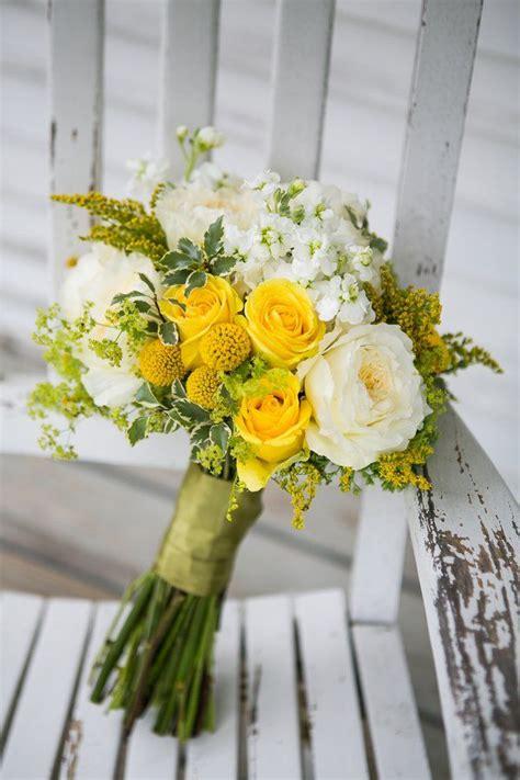 best 25 yellow white wedding ideas on yellow wedding flowers jar with