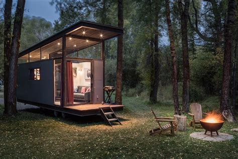 Modern Sleek Design by Tiny Homes Curbed