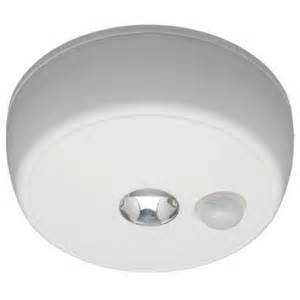 Wireless Ceiling Light Fixtures Mr Beams Wireless Motion Sensing Led Ceiling Light Mb980 The Home Depot