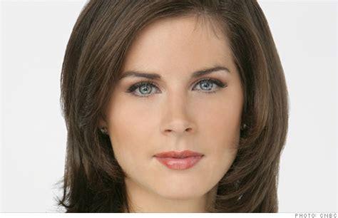 cnn news women cnn hires erin burnett from cnbc apr 29 2011