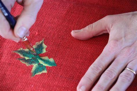 mantel pintado  mano  motivos navidenos adornos de