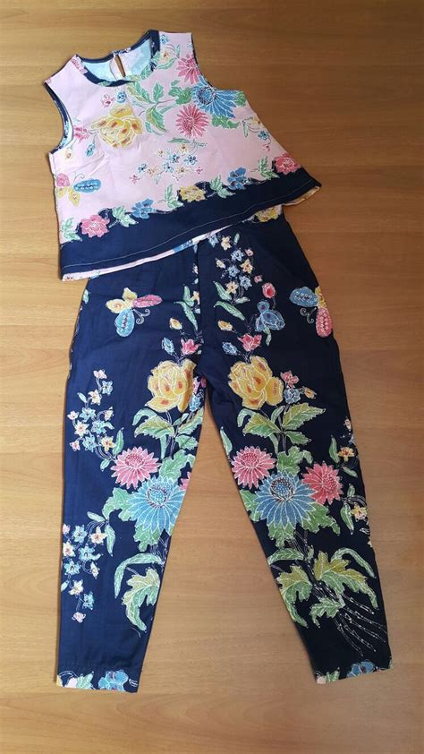 1055 best batik only images on batik fashion