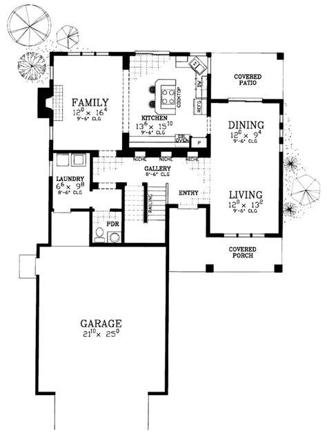 prairie style house plan 3 beds 2 5 baths 2979 sq ft prairie style house plan 3 beds 2 5 baths 2301 sq ft