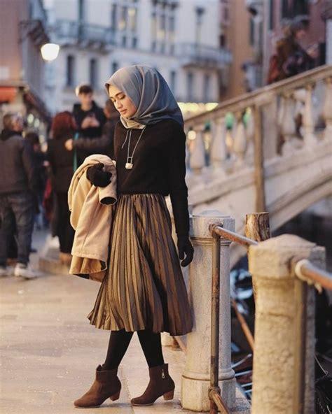 Pastel Blouse Simpel Tunik ingin modis tanpa ribet ikuti 4 tips mix and match baju