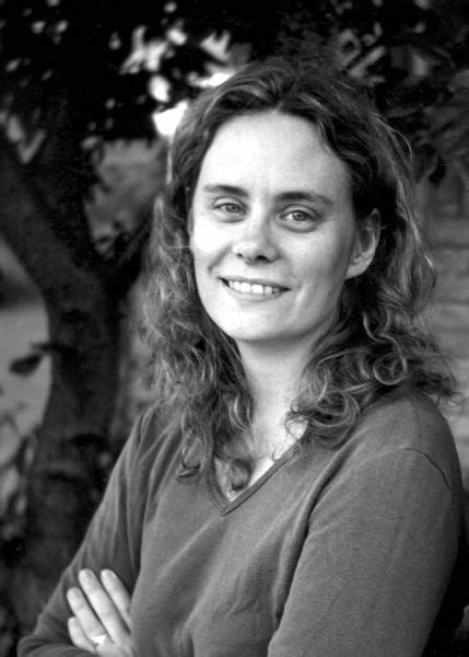 Stephanie Pearl-McPhee, the 'yarn harlot,' spins into A