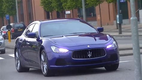 blue maserati ghibli 2014 maserati ghibli in motion for the first time