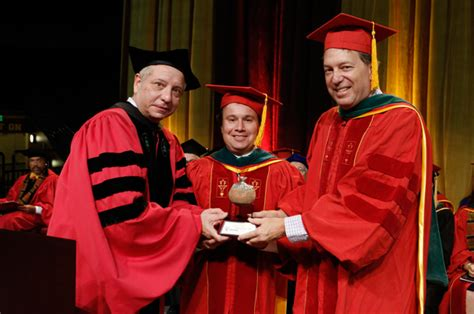 Usc Mba Honors by New Award Honoring Compassionate Care Is Established By