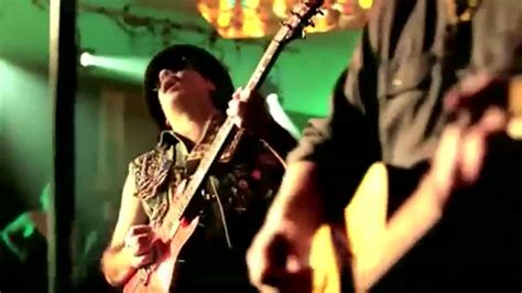 Santana Put Your Lights On by Carlos Santana Feat Everlast Put Your Lights On