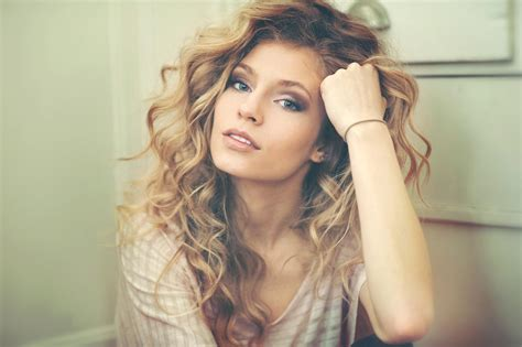 what type of perm should i get for beach waves top 5 perm hairstyles different types of perms