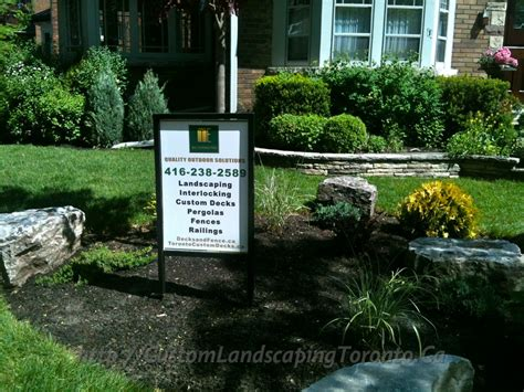 landscaping toronto custom landscaping toronto driveway interlock and fence02