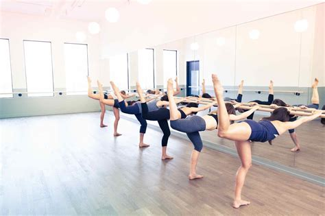 the hip s guide activity a week go barreworks
