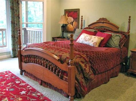 discontinued lexington bedroom furniture lexington victorian sler collection queen spindle bed