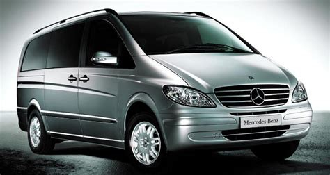 Mercedes Viano 301 Moved Permanently