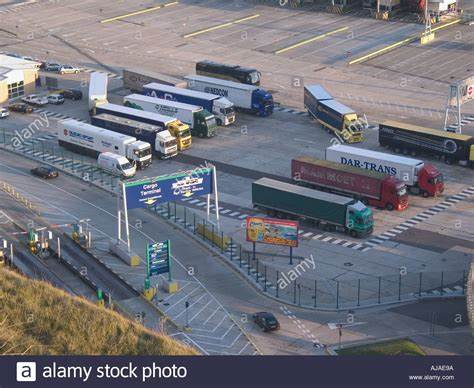 lorry park dover cross channel ferry port uk dover to