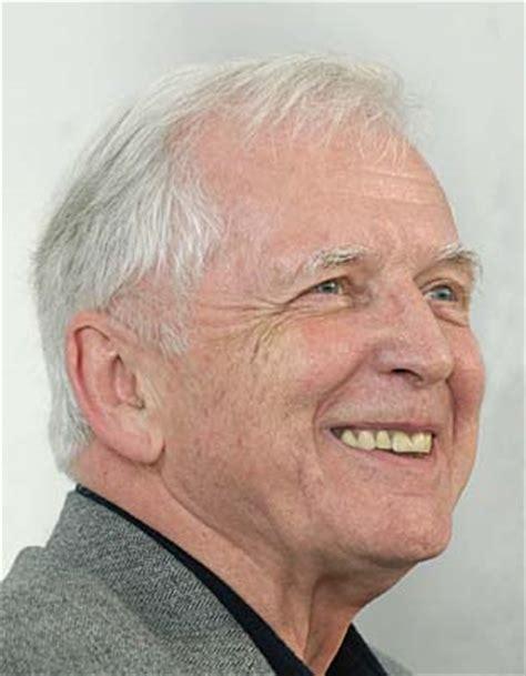 zur hausen prof dr harald zur hausen awarded nobel prize for