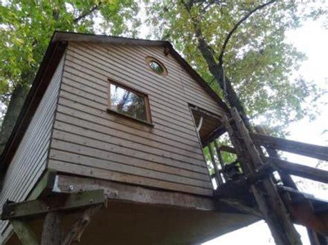 regarder la cabane aux oiseaux r e g a r d e r 2019 film h 233 bergements insolites marne tourisme en chagne