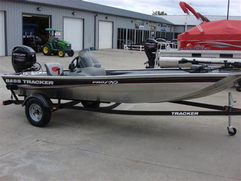 boat switch panel bass pro tracker boats bass panfish mod v pro 170 bass boats new