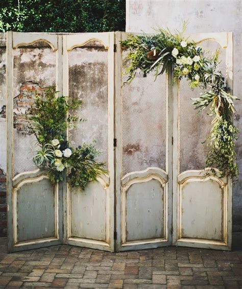 Wedding Backdrop Ideas Vintage by 18 Wedding Decoration Ideas With Vintage Doors Oh