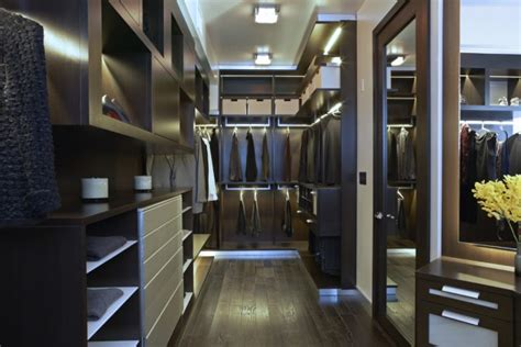 Luxury Laundry Hers 15 Luxury Walk In Closet Ideas To Store Your Clothes In That Look Like Boutiques