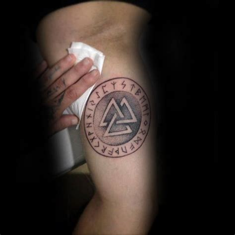 valknut tattoo designs 50 valknut designs for norse mythology ink ideas