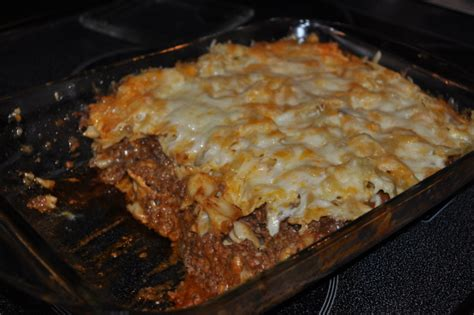 recipetips now hamburger casserole cheesy layered ground beef and pasta casserole recipe genius kitchen