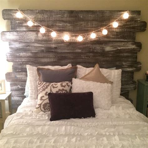 Headboard With Lights by 25 Best Ideas About Pallet Headboards On