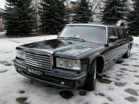 New Limousine by Putin Unhappy With New Limousine
