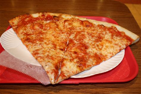 suprema bocce new york pizza suprema go there pizza